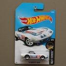 Hot Wheels 2016 Nightburnerz '69 Corvette Racer (white)