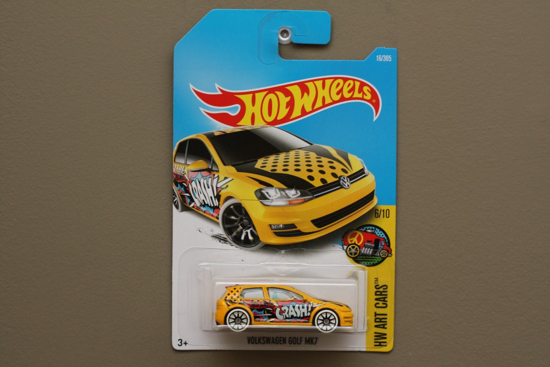 Hot wheels 2017 hw art cars volkswagen golf mk7 yellow for 9 salon hot wheels mexico
