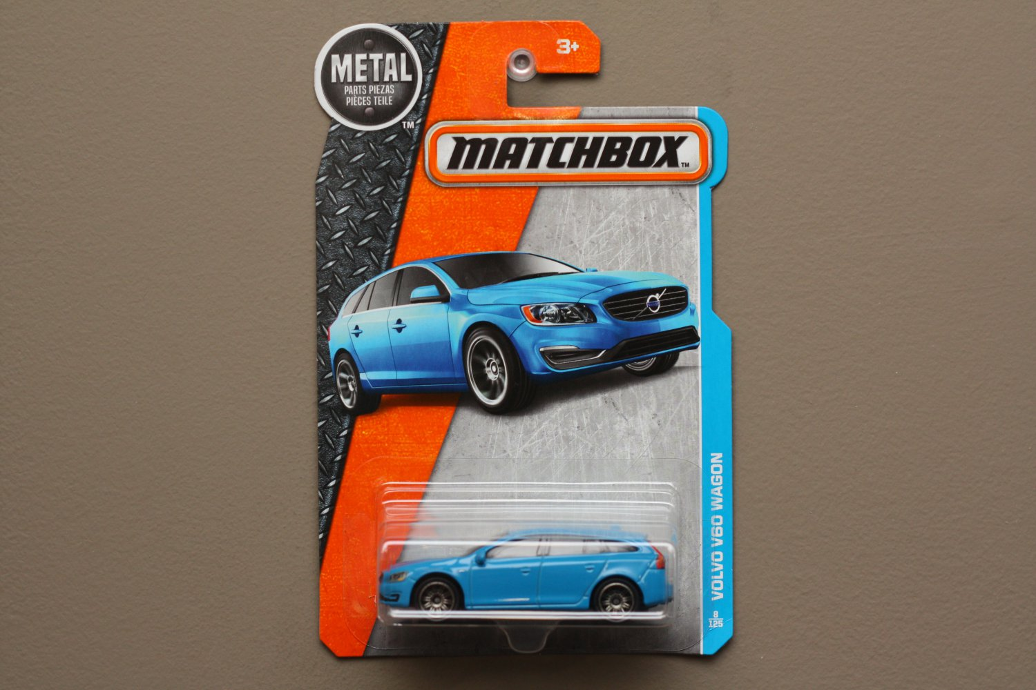 Matchbox 2016 MBX Adventure City Volvo V60 Wagon (blue) (SEE CONDITION)