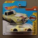 Hot Wheels 2017 Legends Of Speed Datsun Fairlady 2000 (vintage yellow)