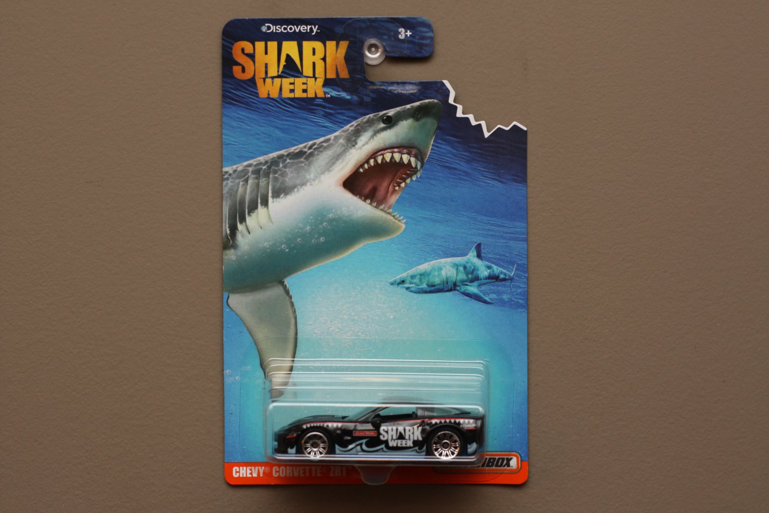 Matchbox 2016 Discovery Shark Week Chevy Corvette ZR1