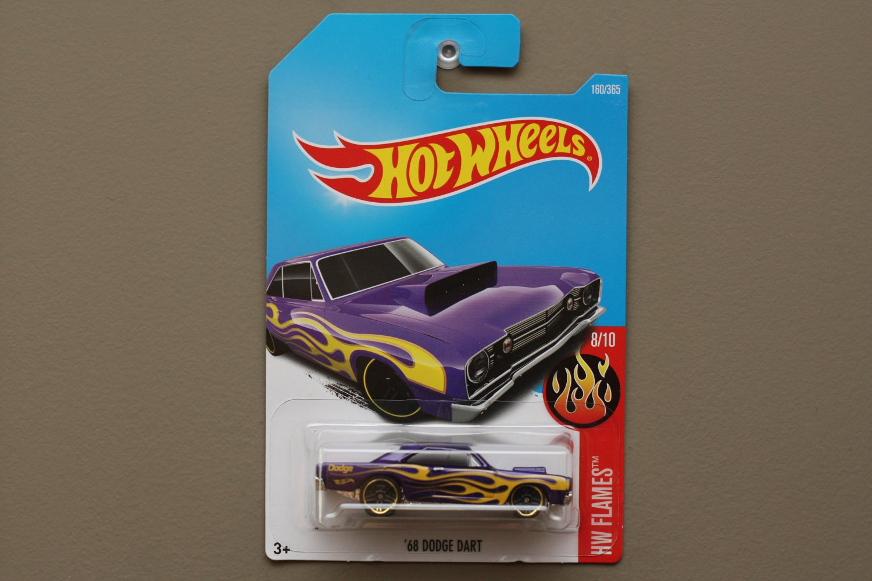 Hot Wheels 2017 HW Flames '68 Dodge Dart (purple)