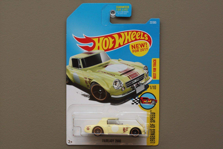 Hot Wheels 2017 Legends Of Speed Datsun Fairlady 2000 (vintage yellow)