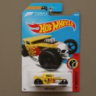 Hot Wheels 2017 HW Daredevils Bone Shaker (yellow)