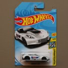 Hot Wheels 2018 HW Speed Graphics Corvette C7R (white)