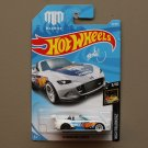 Hot Wheels 2018 Nightburnerz '15 Mazda MX-5 Miata (white) (Mad Mike) (SEE CONDITION)