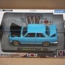 M2 Machines 2017 Auto-Japan 1:24 '70 Datsun 510 (blue)