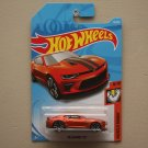 Hot Wheels 2018 Muscle Mania '18 Camaro SS (orange)