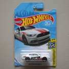 Hot Wheels 2018 HW Speed Graphics '15 Ford Mustang GT (white)