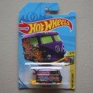 Hot Wheels 2018 HW Art Cars Volkswagen Kool Kombi (purple) (Treasure Hunt)