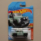 Hot Wheels 2018 HW Hot Trucks '15 Land Rover Defender Double Cab (green)