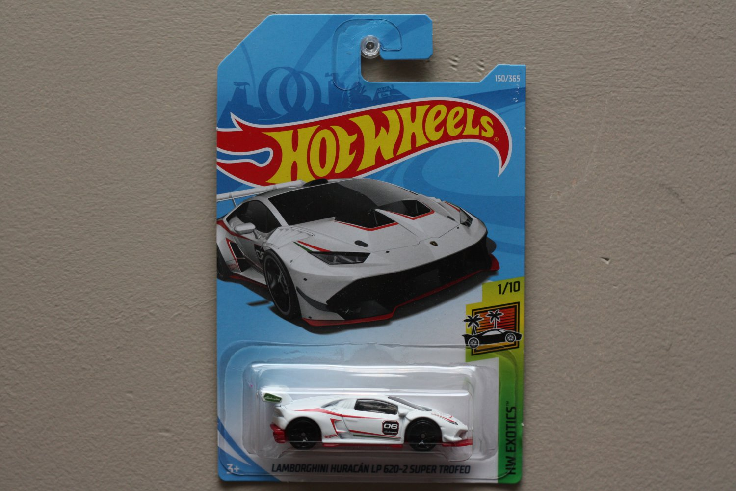 Hot Wheels 2018 HW Exotics Lamborghini Huracan LP 620-2 Super Trofeo (white)