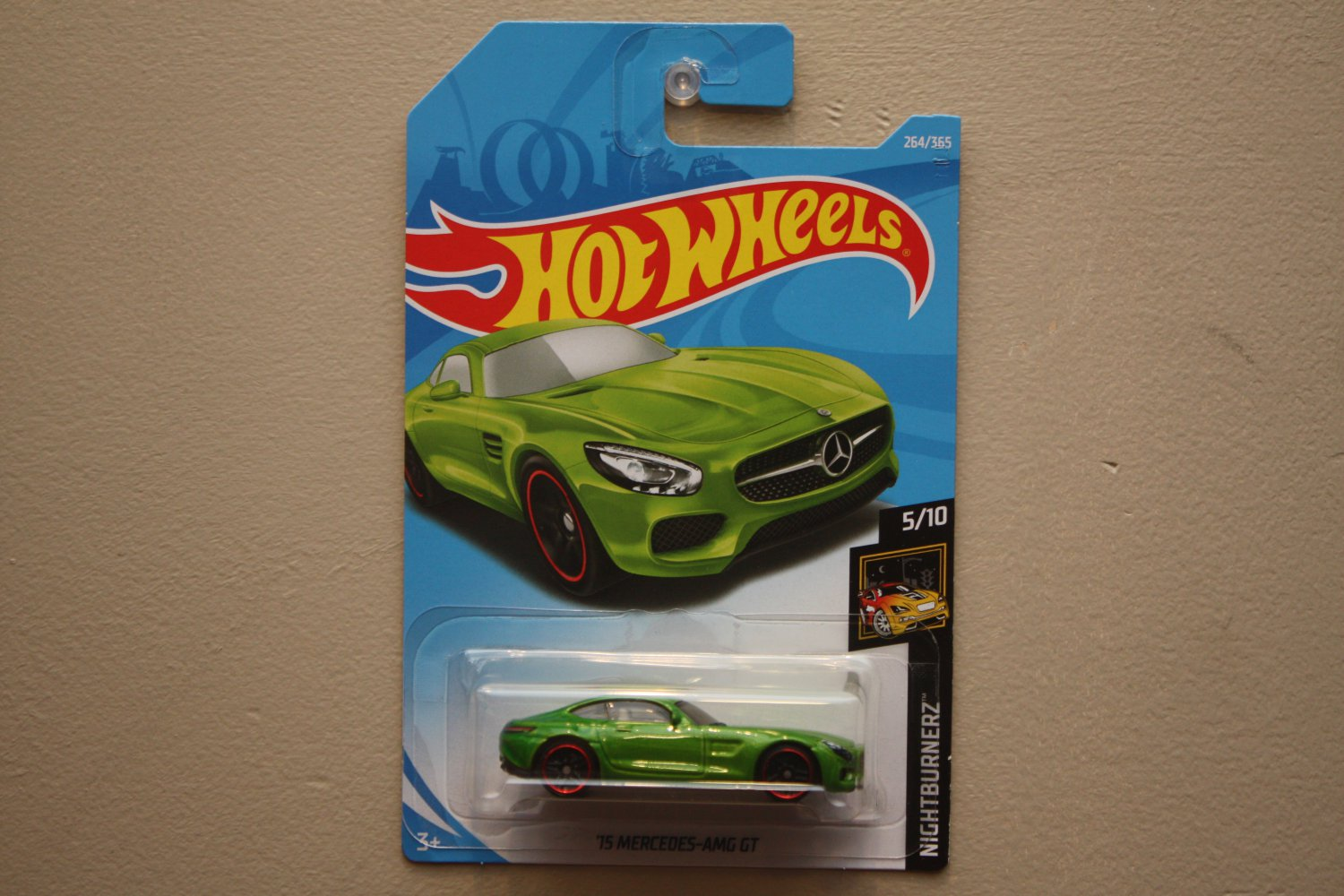 Hot Wheels 2018 Nightburnerz '15 Mercedes Benz AMG GT (green)
