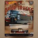 Hot Wheels 2018 Car Culture Shop Trucks '83 Chevy Silverado