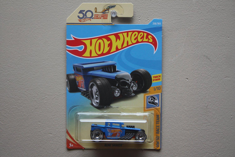 Hot Wheels 2018 HW 50th Race Team Bone Shaker (blue)