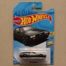 Hot Wheels 2018 Factory Fresh '81 DeLorean DMC-12 (grey)