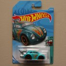 Hot Wheels 2018 Tooned Volkswagen Beetle (teal)