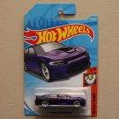 Hot Wheels 2018 Muscle Mania '15 Dodge Charger SRT Hellcat (purple)