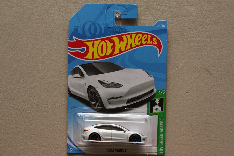 2019 Hot Wheels #174 HW Green Speed Tesla Model 3 white