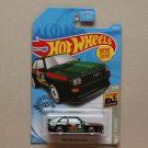 Hot Wheels 2019 Baja Blazers '84 Audi Sport Quattro (green)