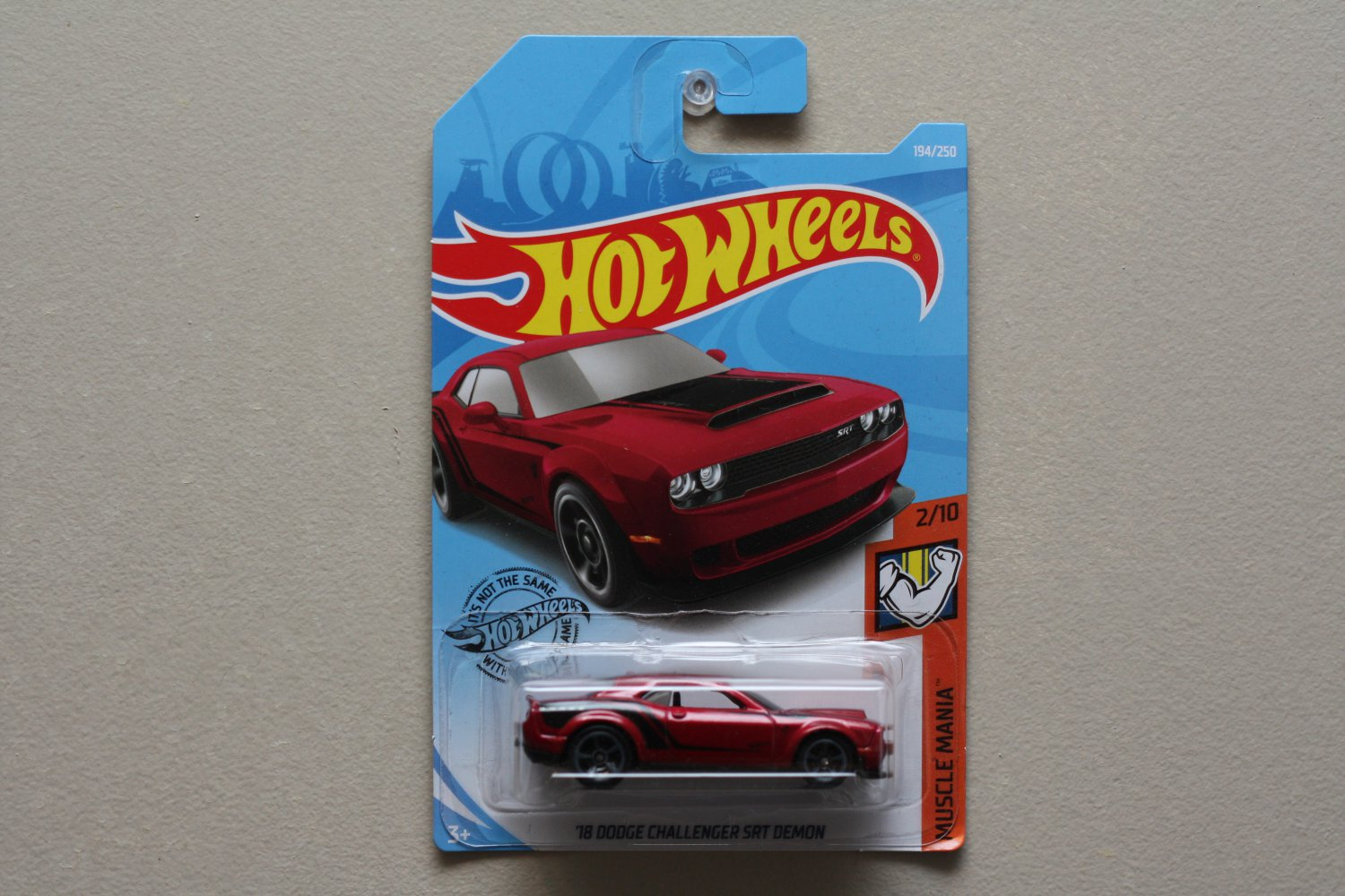 Hot Wheels 2019 Muscle Mania '18 Dodge Challenger SRT Demon (red) (SEE CONDITION)