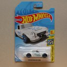 Hot Wheels 2018 HW Speed Graphics Datsun Fairlady 2000 (white - Kmart Excl.) (SEE CONDITION)