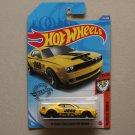 Hot Wheels 2020 Muscle Mania '18 Dodge Challenger SRT Demon (yellow)