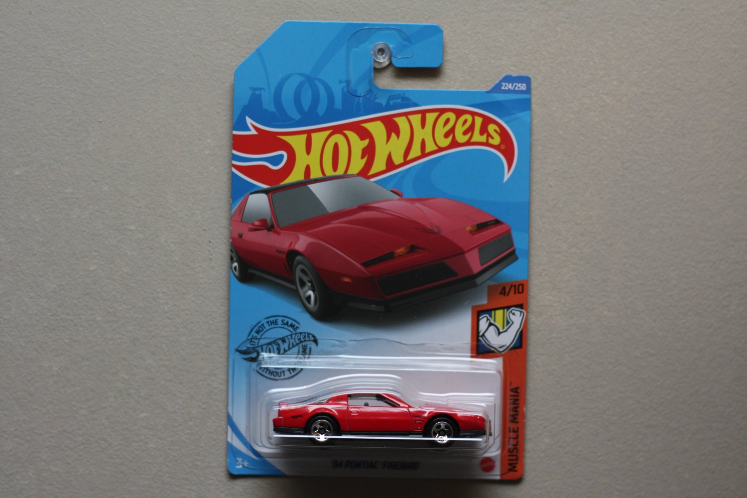 Hot Wheels 2020 Muscle Mania '84 Pontiac Firebird (red) (SEE CONDITION)