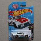 Hot Wheels 2021 HW Race Day Porsche 935 (white/red, blue base) (Magnus Walker)