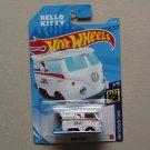 Hot Wheels 2021 HW Screen Time Volkswagen Kool Kombi (white) (Hello Kitty) (SEE CONDITION)