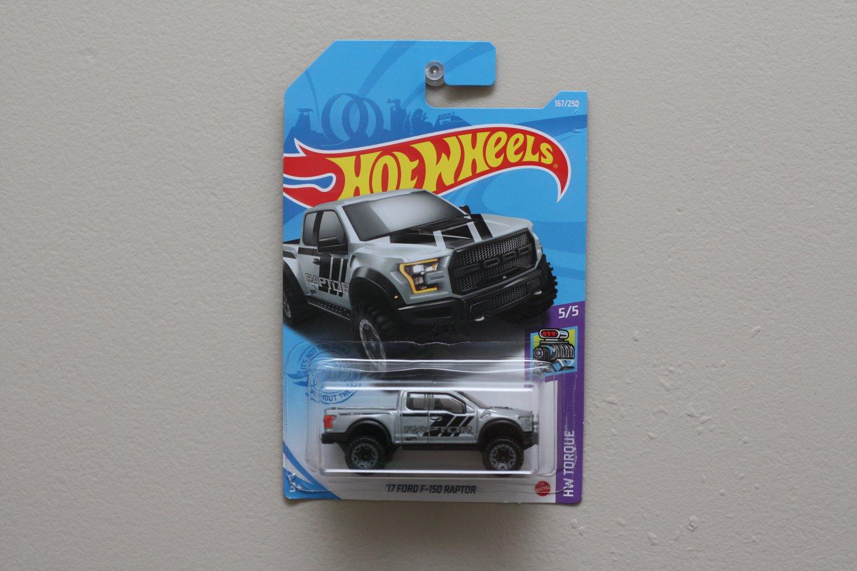 Hot Wheels 2021 HW Torque '17 Ford F-150 Raptor (grey)