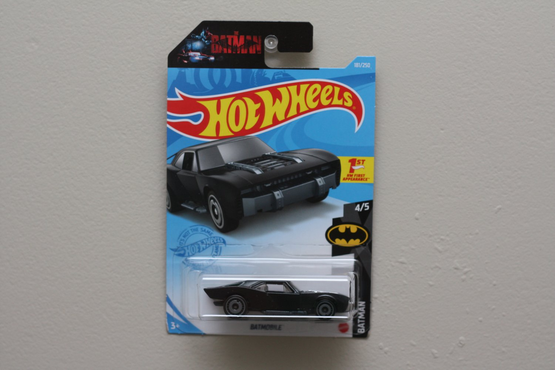 Hot Wheels 2021 Batman '22 Batmobile (black)