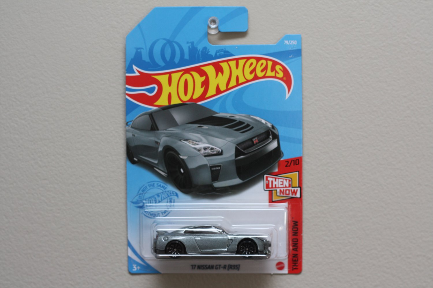 Hot Wheels 2021 Then And Now '17 Nissan GT-R [R35] (grey)