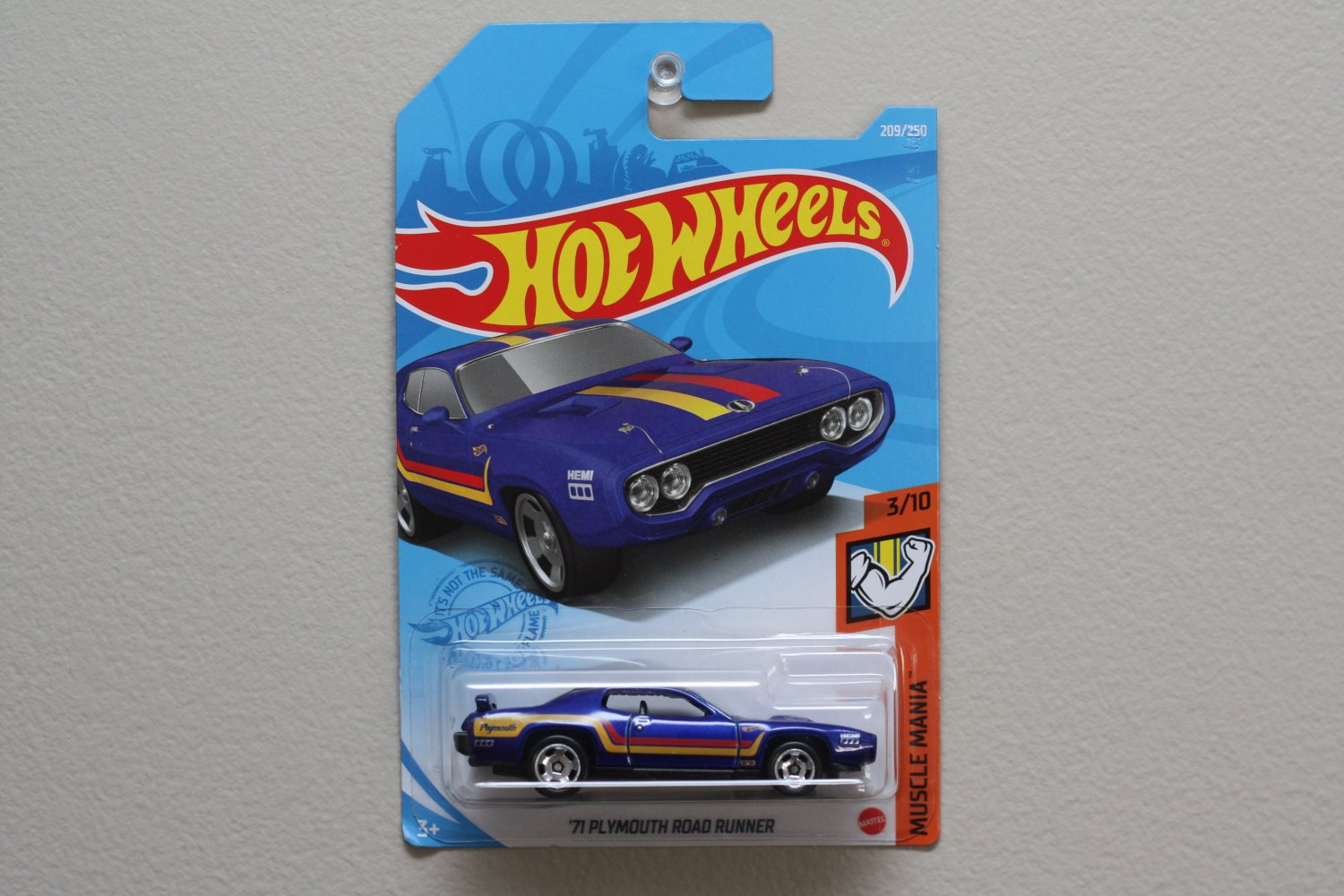 Hot Wheels 2021 Muscle Mania '71 Plymouth Road Runner (blue)