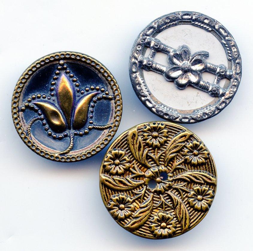 3 antique metal plant life buttons