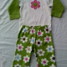 Carter's Girls 2-Piece White and Green Outfit (12 months)