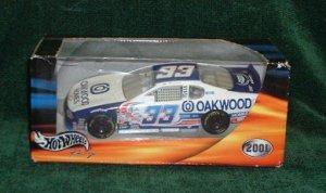 2001 Hotwheels Nascar 1/24 Oakwood Homes #33