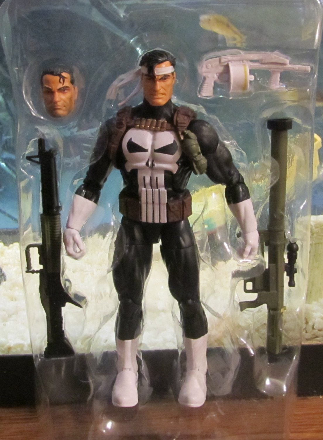 Marvel Legends 2016 JIM LEE PUNISHER FIGURE Loose 6 Inch Walgreen's Exclusive