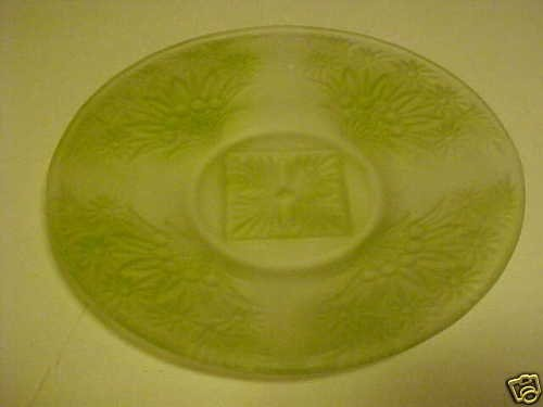 VINTAGE SATIN GLASS CLEAR & GREEN FLOWERED PLATE