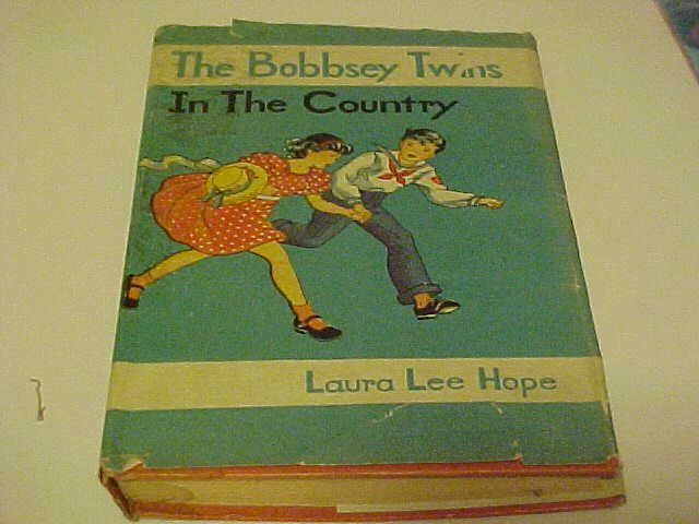 OLD KIDDY BOOK THE BOBBSEY TWINS IN THE COUNTRY 1940s