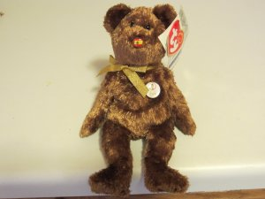 2002 FIFA KOREA/JAPAN WORLD CUP RETIRED BEANIE BABY CHAMPION TEDDY BEAR