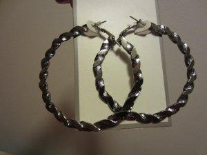 BRAND NEW Pair 2.5 Inch Diameter Silver Tone Hoop Pierced EARRINGS Jewelry