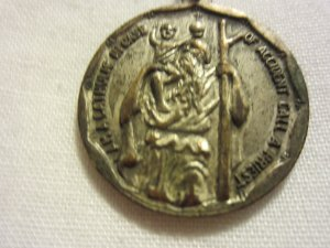 Vintage Silver Tone St. Anthony I Am A Catholic Medal Pendant Christianity