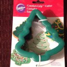 New Wilton Christmas Tree Shaped Comfort Grip Cookie Cutter Bakeware Utensil