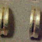 Striking Classy 1980's Vintage Silver Tone Faceted Design Hoop Clip Earrings