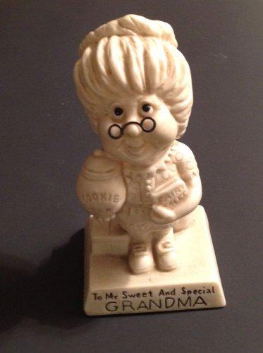 Vintage Russ Berrie Figure Sweet Special Grandma Figurine 1975 Statue WR Berries
