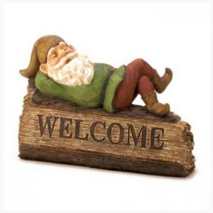 14584 - NEW> Sleepy Gnome Welcome Sign