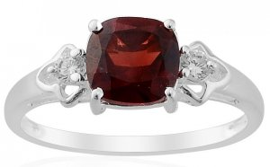 Mozambique Garnet Simulated Diamond Ring in Sterling Silver (Size 8)
