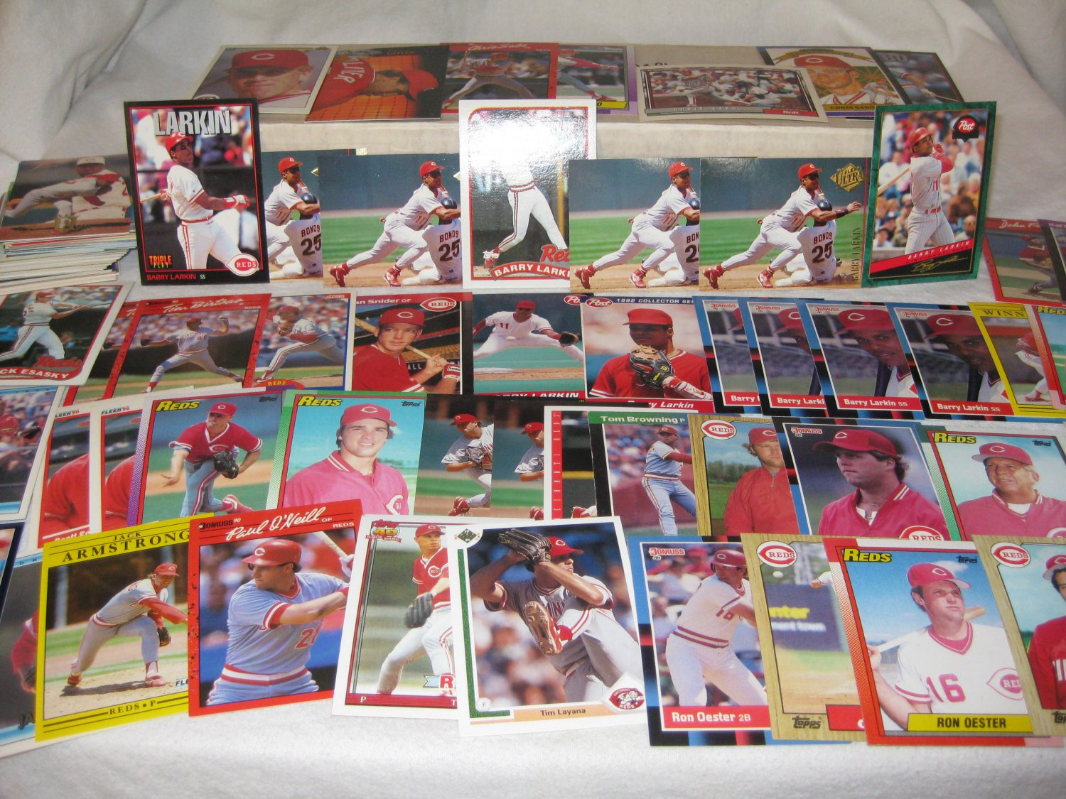HUGE CINCINNATI REDS BASEBALL CARD LOT FREE SHIPPING