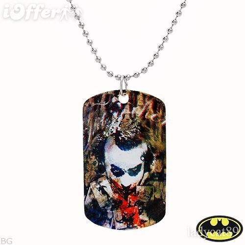 AUTHENTIC BATMAN DARK KNIGHT DOG TAG NECKLACE  Collectible